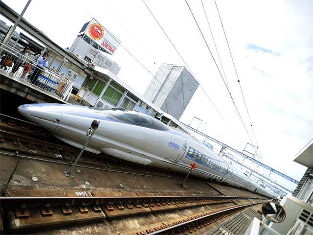 20081012_10_500_w8