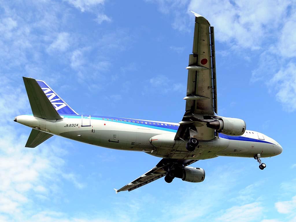 A320200_ja8304_02