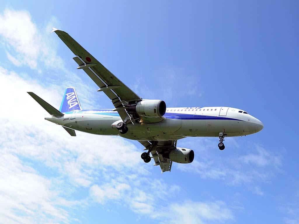 A320200_ja8395_03