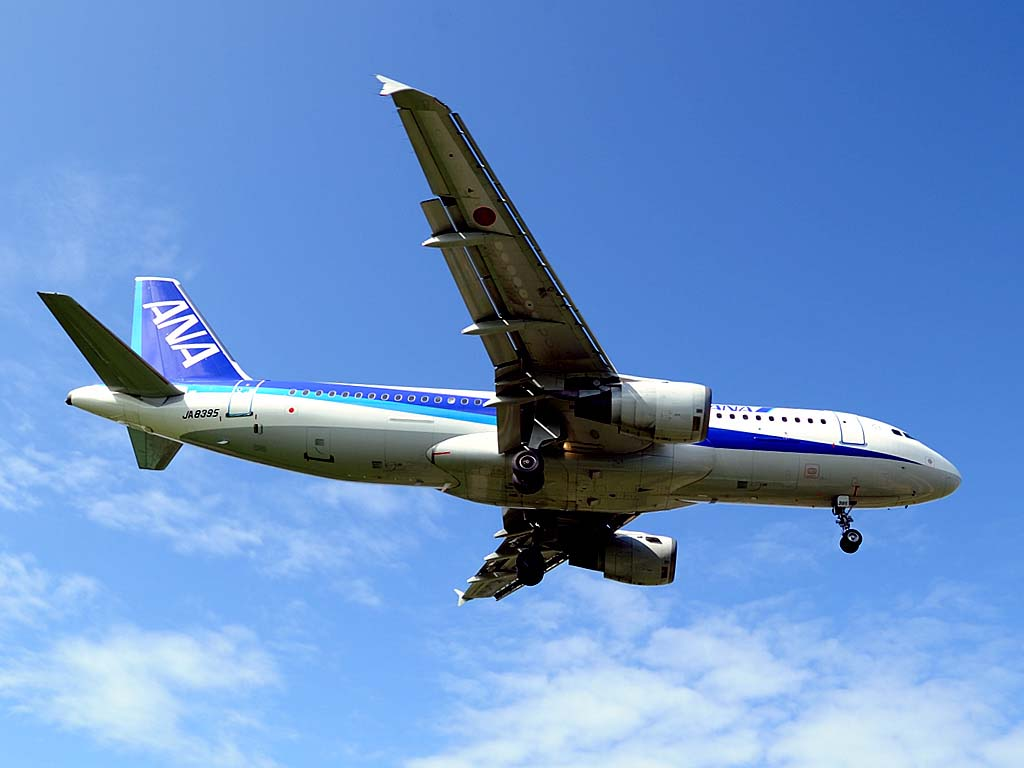 A320200_ja8395_04