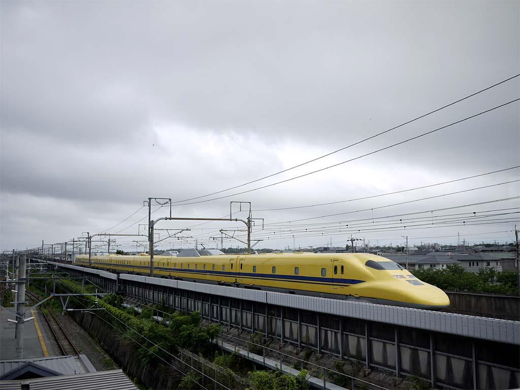 二川駅:T5編成