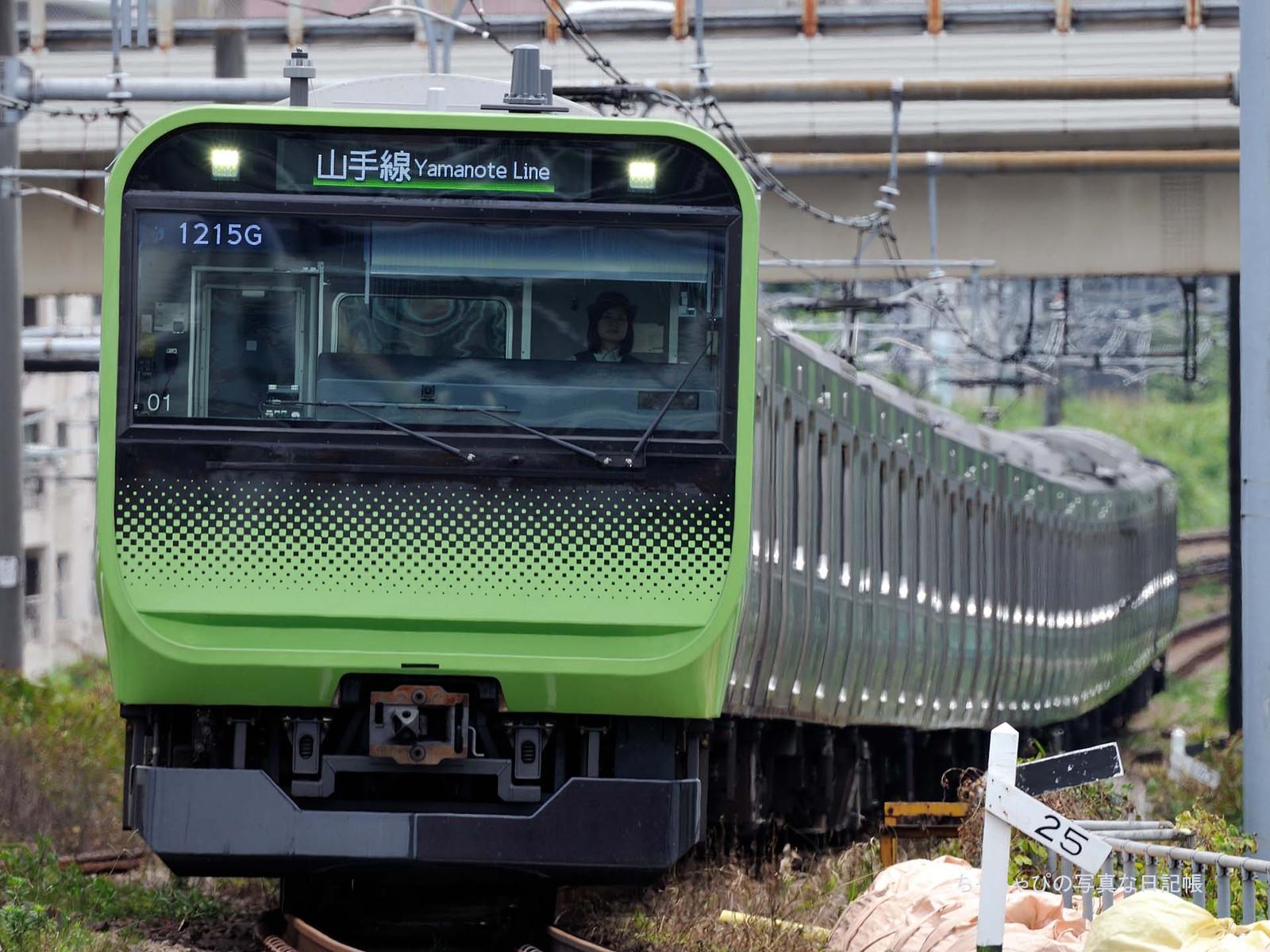E235系0番台 -1215ゥ 01編成-